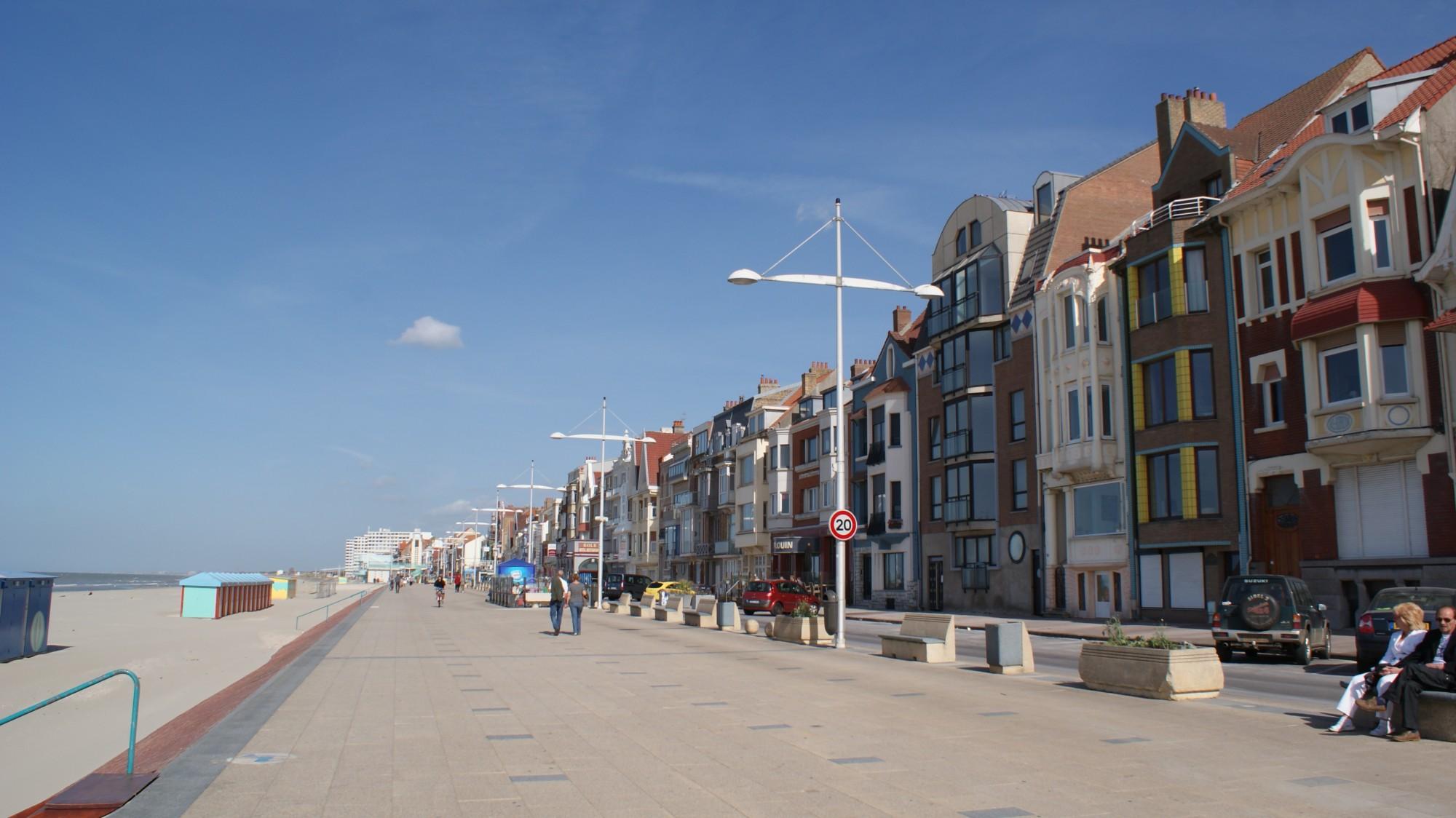 Dunkerque et la plage de malo les bains 10min au - Mobilier de france dunkerque ...