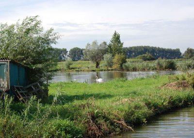 Le-marais-est-l-une-des-plus-grandes-zones-humides-de-la-region-Nord-Pas-de-Calais_format_zoom